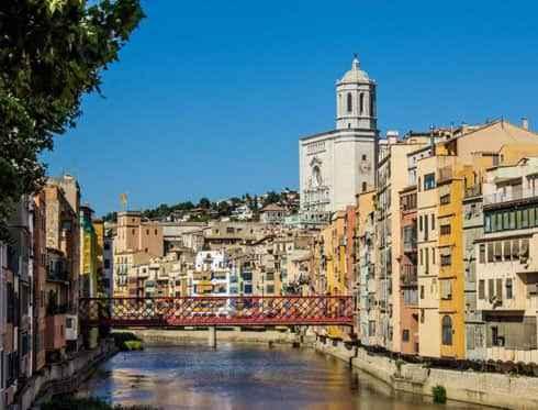 Girona escenario de juego de tronos barcelona city tour for Oficina de extranjeria girona