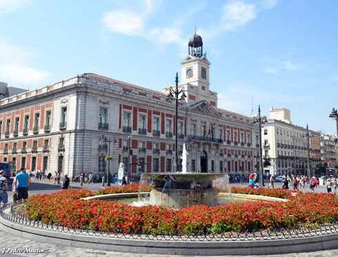 Puerta del sol madrid city tour for Puerta del sol madrid