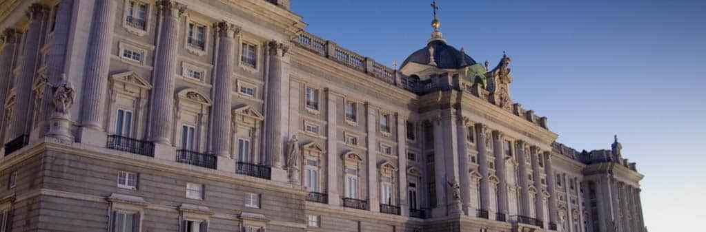 Tour through the bewitched Madrid