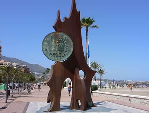Image result for monumento a la peseta fuengirola