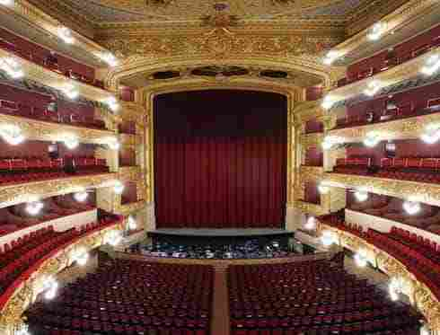 Visit The Gran Teatre Del Liceu Barcelona City Tour